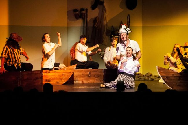 Divadelní inscenace Cesta Emericha Ratha se loučí srpnovou derniérou