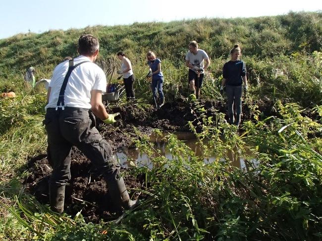 Dobrovolníci pomohou zadržovat vodu v krajině