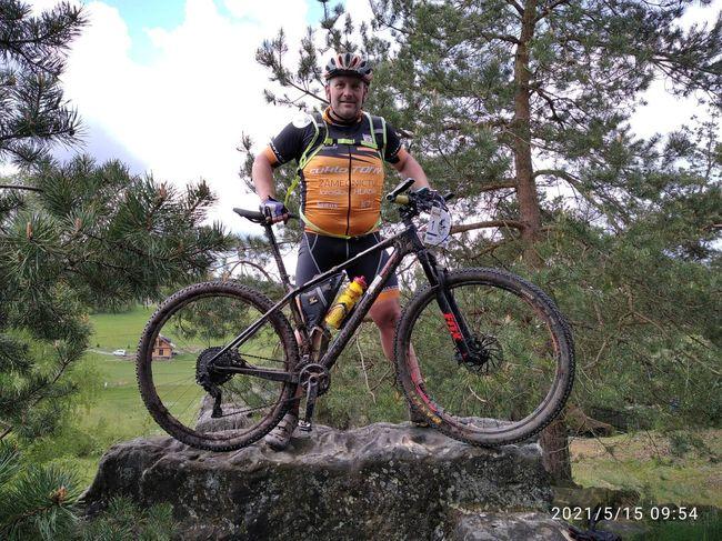 Vláďa Grusman na startu cyklistického ultramaratonu Trans Germany 2021