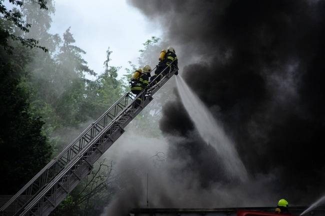 Vedení Veby ocenilo zásah hasičů