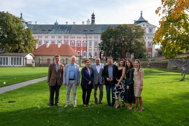 Laureáti jubilejního desátého ročníku soutěže Broumovská klávesa vystoupí v pražském Rudolfinu