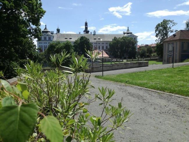 Broumovská zahradní slavnost