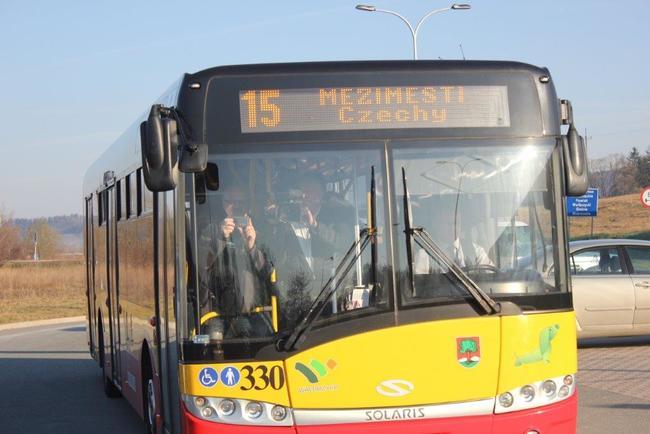 V sobotu byla zahájena autobusová veřejná doprava mezi městy Walbrzych a Meziměstí