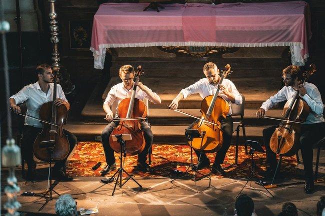 Festival Za poklady Broumovska míří do finále koncertem Prague Cello Quartet