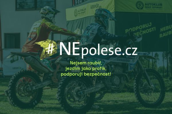 Ilegální motokros v CHKO Broumovsko
