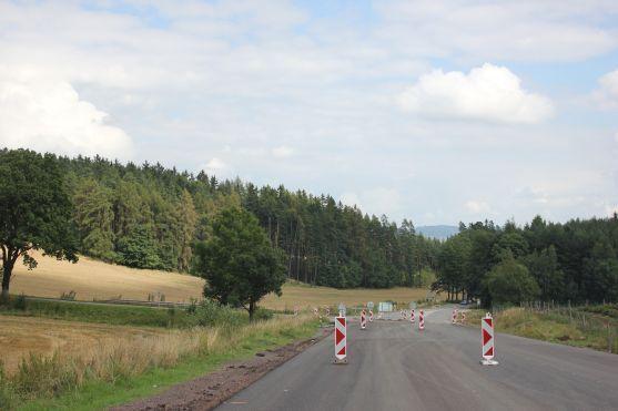 Královéhradecký kraj získal jako první příslib dotace z IROPu. I na silnici do Broumova